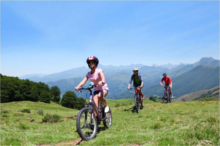 Follow the green route of <span>Campings Bike&Run</span>